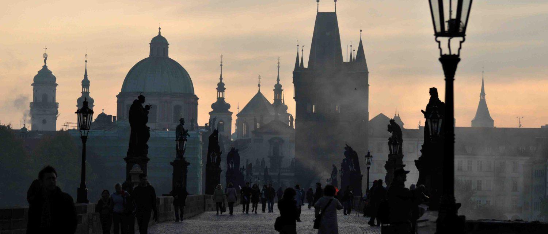 Jun Okuma Films - Prague Charles Bridge Location
