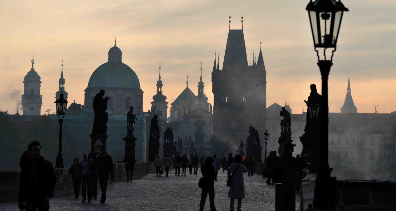 Jun Okuma Films - Prague Charles Bridge Location